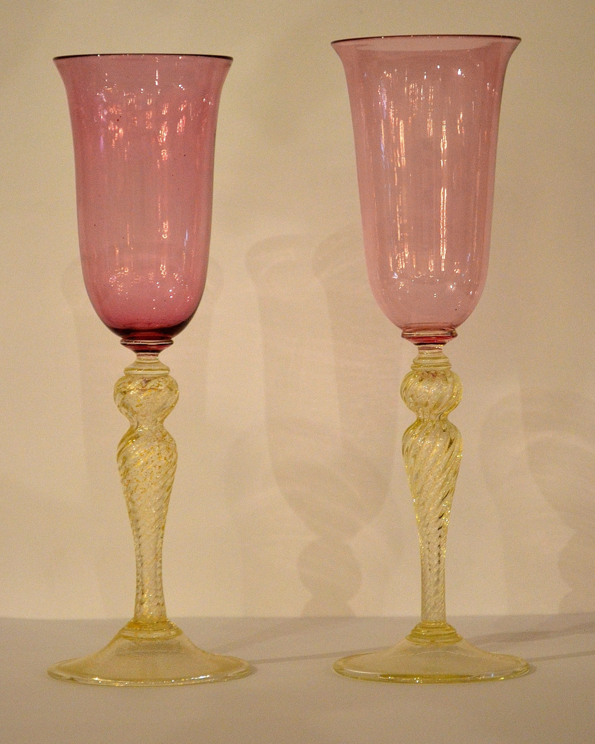 Lovely Mauve And Gold Murano Gl Wine Gles Or Champagne Flutes